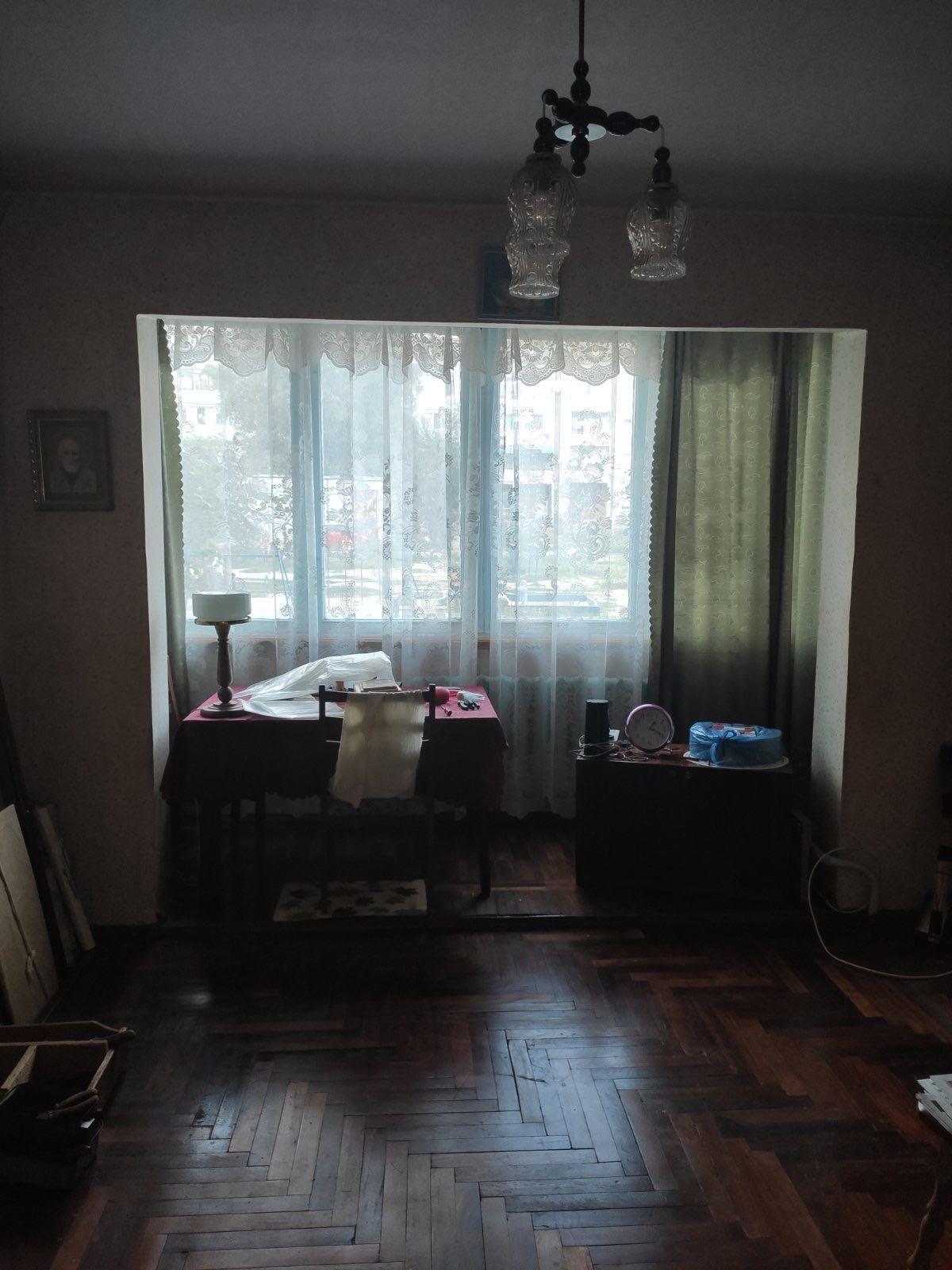 Продам 3х комнатную квартиру на Осипенковском.