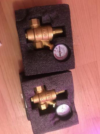 Редуктор давления на холодную и горячую воду