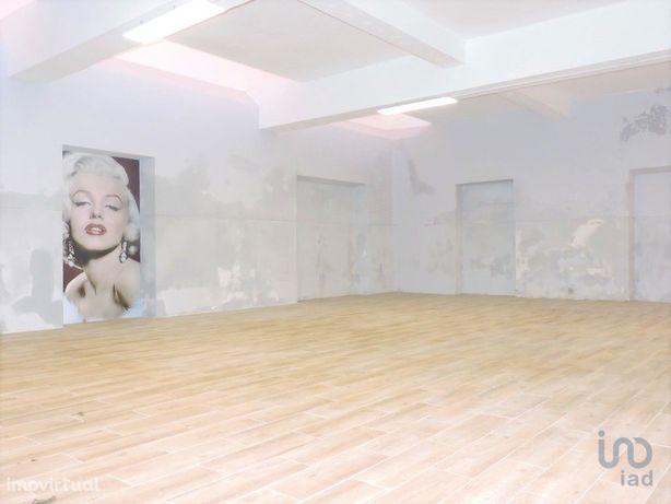 Moradia - 142 m² - T0