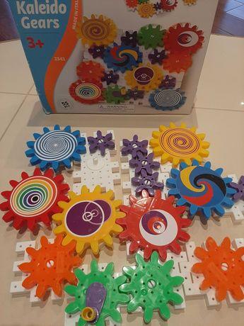 Zabawka edukacyjna KALEJDOSKOP RUCHOMY 3+