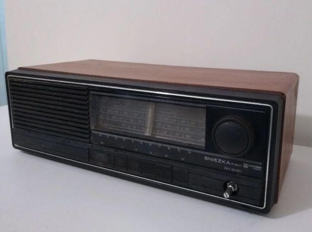 Stare Radio Unitra Diora R207