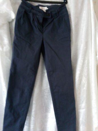 Spodnie Simple rozmiar 34