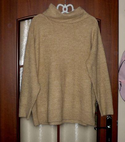 beżowy sweter z golfem new look oversize ciepły