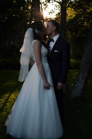Suknia ślubna-ecru