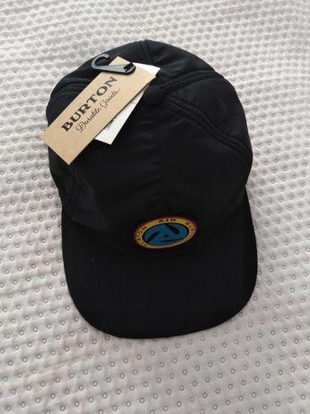 Nowa czapka Burton z daszkiem i uszami