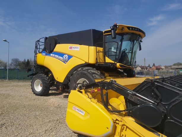 Kombajn zbożowy New Holland CR9.80