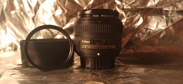 Об'єктив Nikon 50 mm 1.8 G