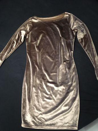 Welurowa zlota brazowa sukienka z rekawem