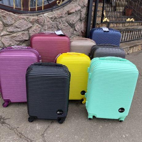 91240 СКЛАД! Пластиковый чемодан, валіза Fly с БЕСПЛАТНОЙ доставкой
