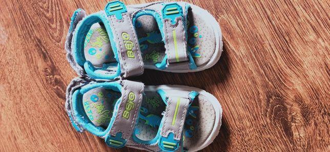 Sandałki Bejo 23.