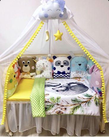 Бортики игрушки подушки в кроватку