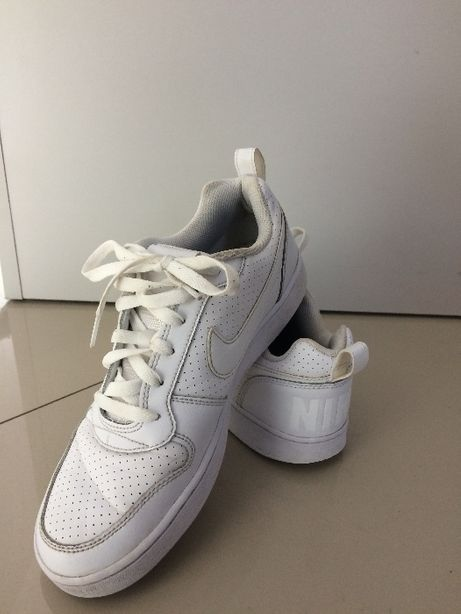Buty Nike Court Borough r.40