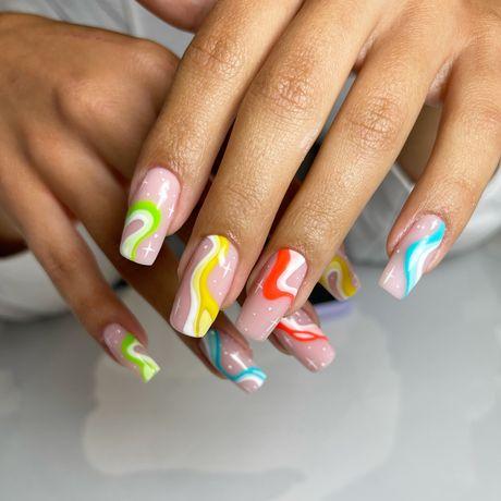 Manicure, pedicure, paznokcie hybrydowe, przedłużanie paznokci żelem