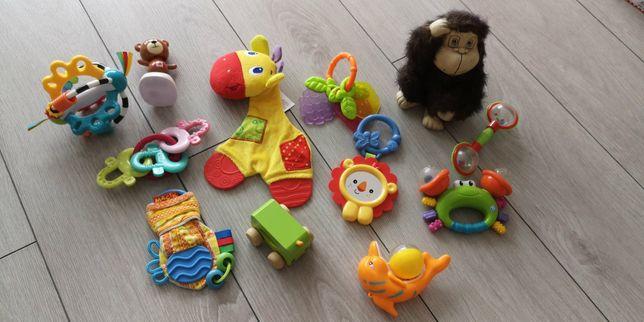Игрушки, погремушки, грызунки для новорожденных