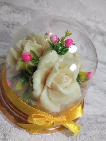 Цветы из мыла в куполе