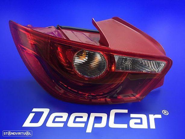 Farolim traseiro esquerdo Seat Ibiza 2008-on