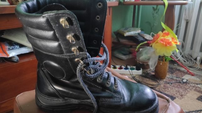 Buty skórzane wysokie do lasu na ryby