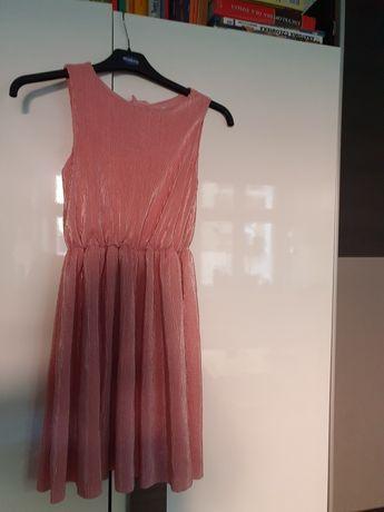 Sukienka rozmiar 146.