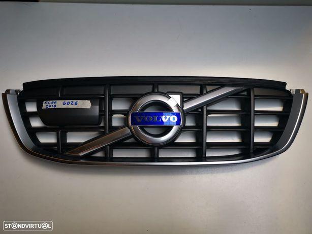 VOLVO XC60 2010 GRELHA FRENTE - G026