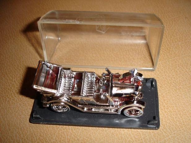 Модель ретро-машинки КАБРІОЛЕТ; 7х3 см; НОВА; раритет ссср; в упак.