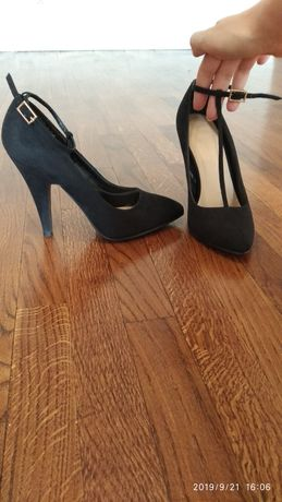 Мешти, туфлі жіночі