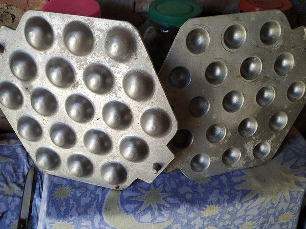 Часть формы для кексов и корзиночек