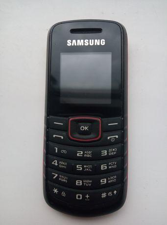 Телефон Samsung GT-E1080W