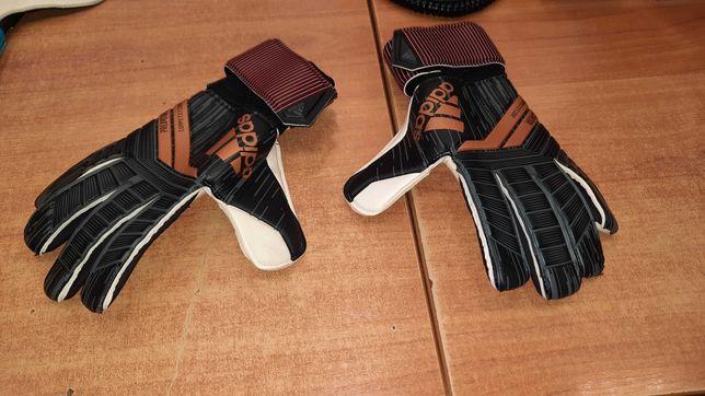 Rękawice bramkarskie Adidas PREDATOR Competition rozmiar 8