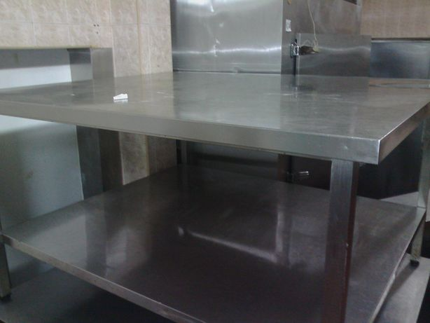 Mesa industrial para cozinha