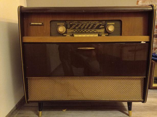 Duże radio lampowe Silva