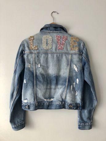 Katana jeansowa kurtka z naszywkami LOVE rozm L j. Nowa cudo