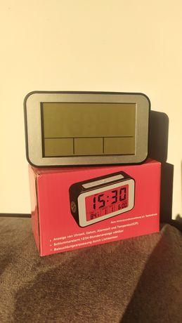 Zegarek elektroniczny z budzikiem, datownikiem budzik