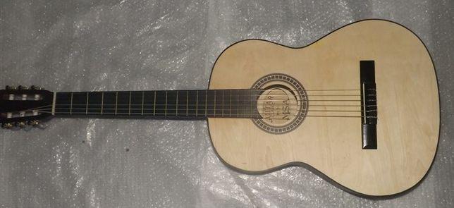 Guitarra clássica castanha sem verniz e kit