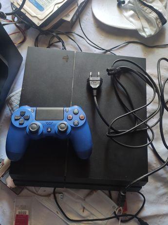 Consola PlayStation 4 500gb + 2 comandos + conta psn
