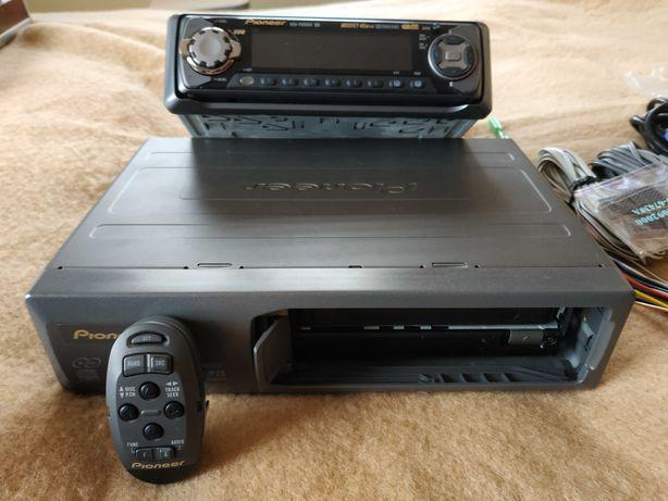 Pioneer KEN-P6900R Комплект новый !!! В Авто