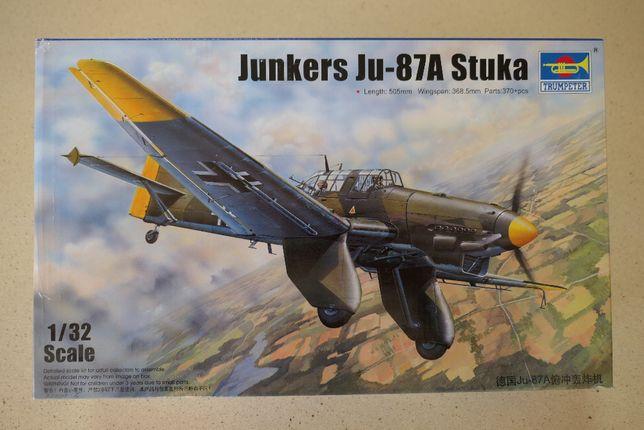 Kit modelismo Junkers Ju87A Stuka 1/32 Trumpeter + extra