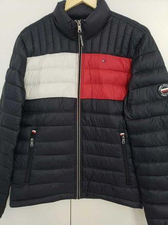 Крутейшая куртка от всеми любимого бренда Tommy Hilfiger