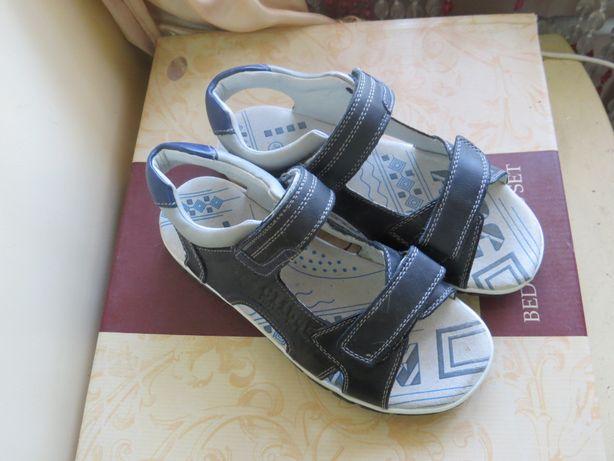 Сандали для мальчика кожаные на узкую ногу р-р 35