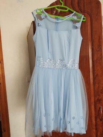Ніжне нарядне платтячко