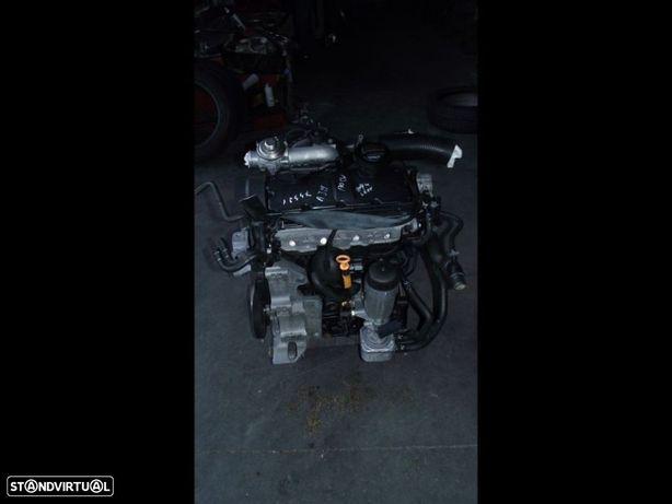 PEÇAS AUTO - VÁRIAS - Volkswagen Golf IV / Seat Leon - Motor 1.9 TDI - MT64