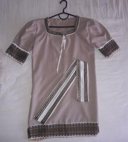 Вишите плаття на дівчинку 8-12 років