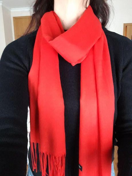 Echarpe de cor vermelho vivo - NOVA!
