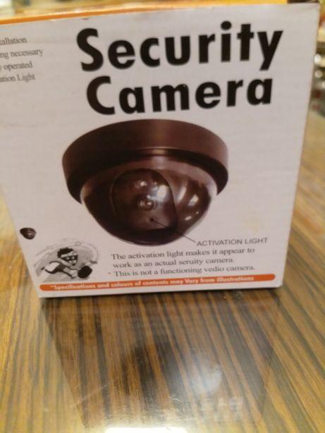 Imitacja kamery CCTV. Nowa z diodą.