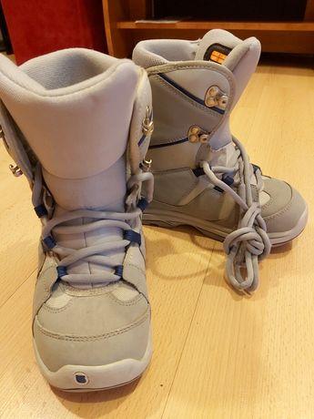 Sprzedam buty snowboardowe BURTON