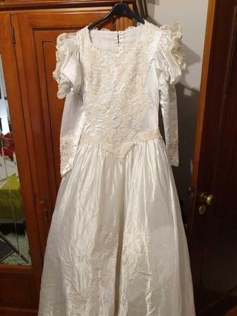 Vestido De Noiva- Bela Noiva