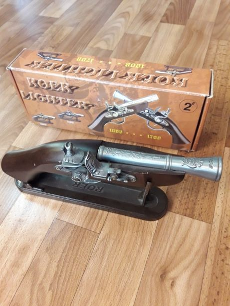 Пистолет старинный 1827 г.