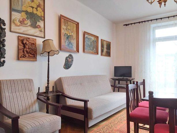 Trzypokojowe mieszkanie w stylu retro z pięknym widokiem - Krowodrza