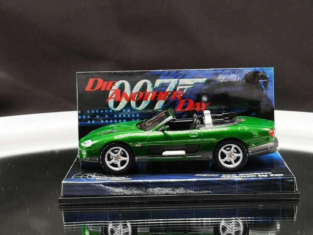 Linda miniatura Jaguar XKR Roadster Minichamps Bond Collection 1/43
