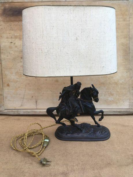 Piękna stara lampa, rzeźba, koń, jeździec! Metal !