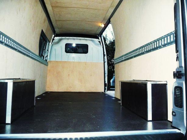 Opel Movano L1H1 Zabudowa ze sklejki